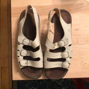 Clark's Springers Sandal